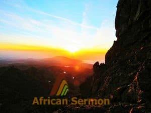 climb-mount-kenya-chogoria-route-mount-kenya_sunrise-at-peak